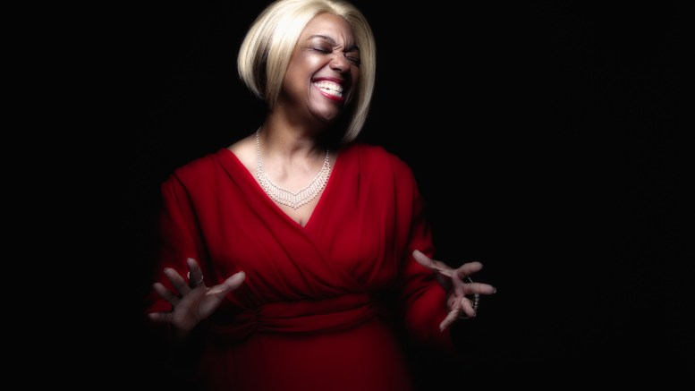 Jazz Vocalist Diana Tuffin to perform at Touring Theatre's Annual Holiday Celebration – Jingle Bell Jazz